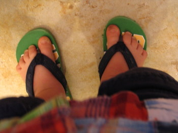 Flip_flops_pineapple_playgroup_010